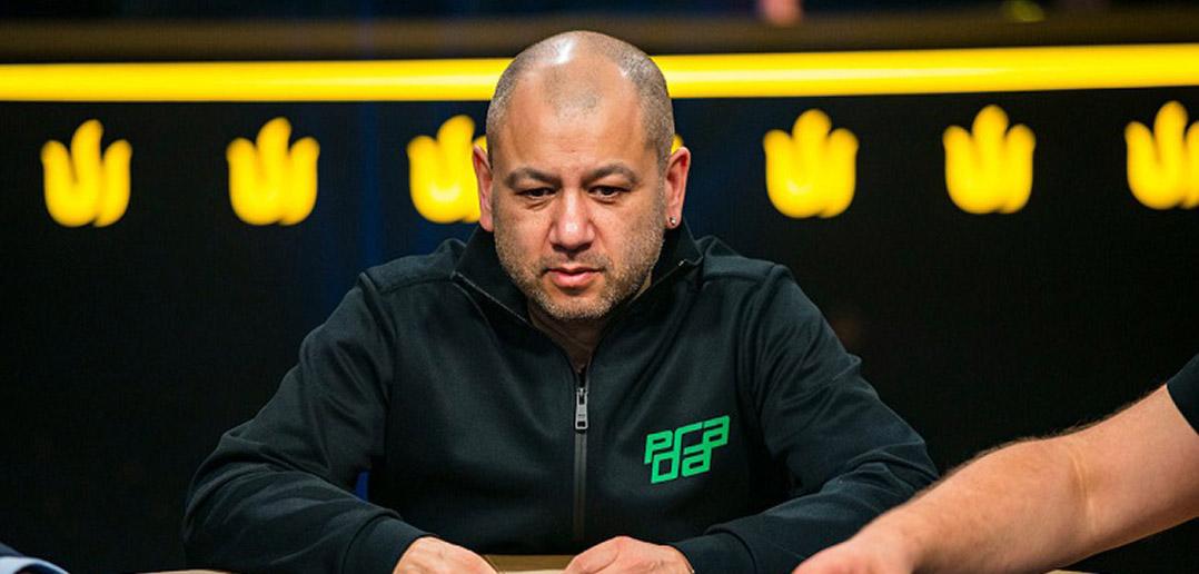 Роб Янг просит подписчиков выбрать место для турнира Millions