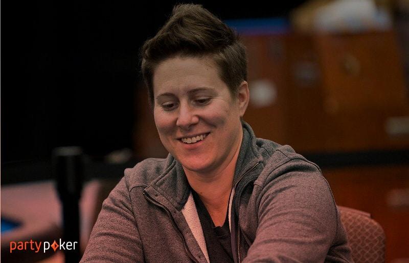 Ванесса Селбст вернулась в покер и участвует в WPT Online
